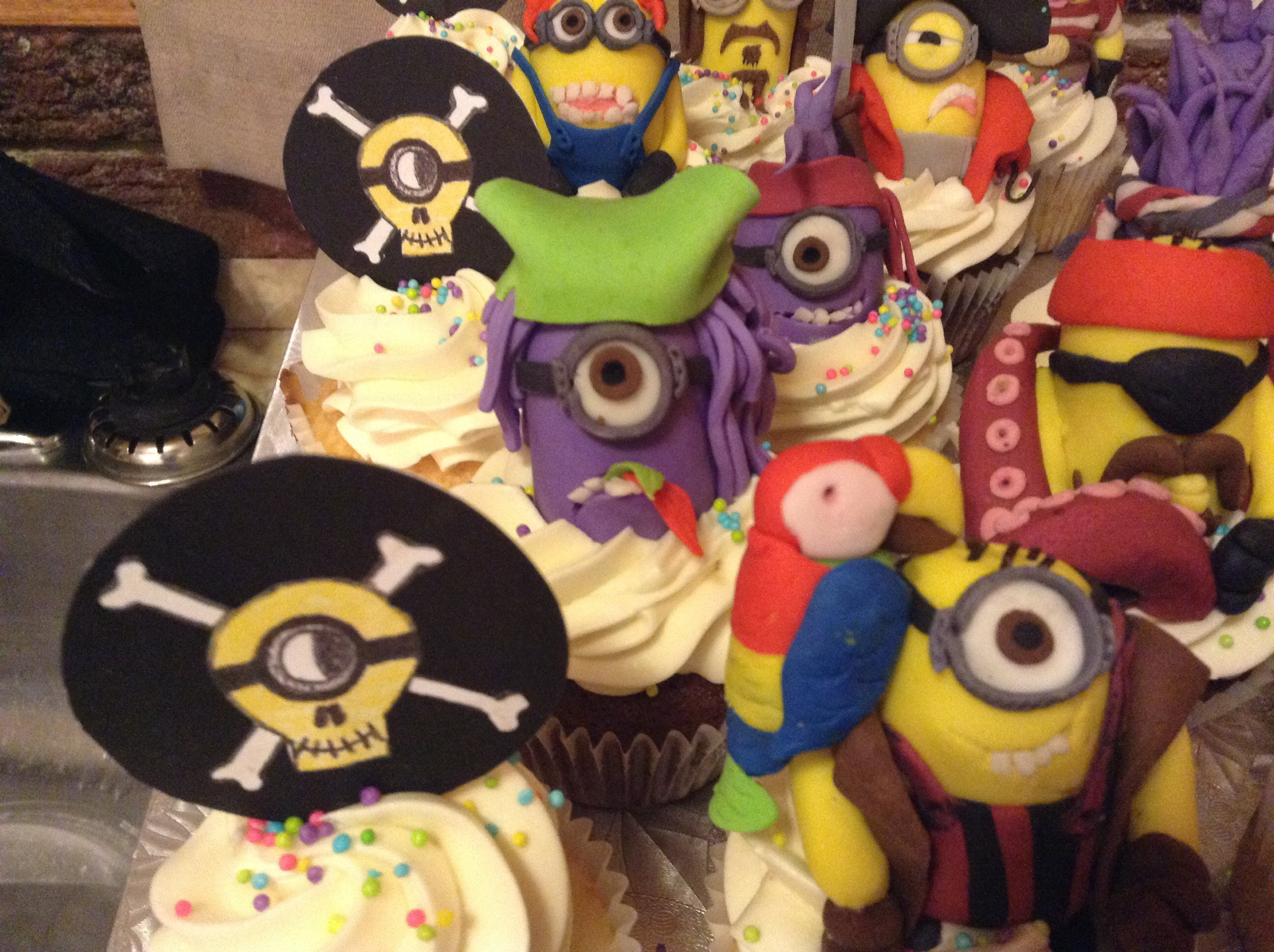 Minion Pirate Cupcakes Cakecentral Com