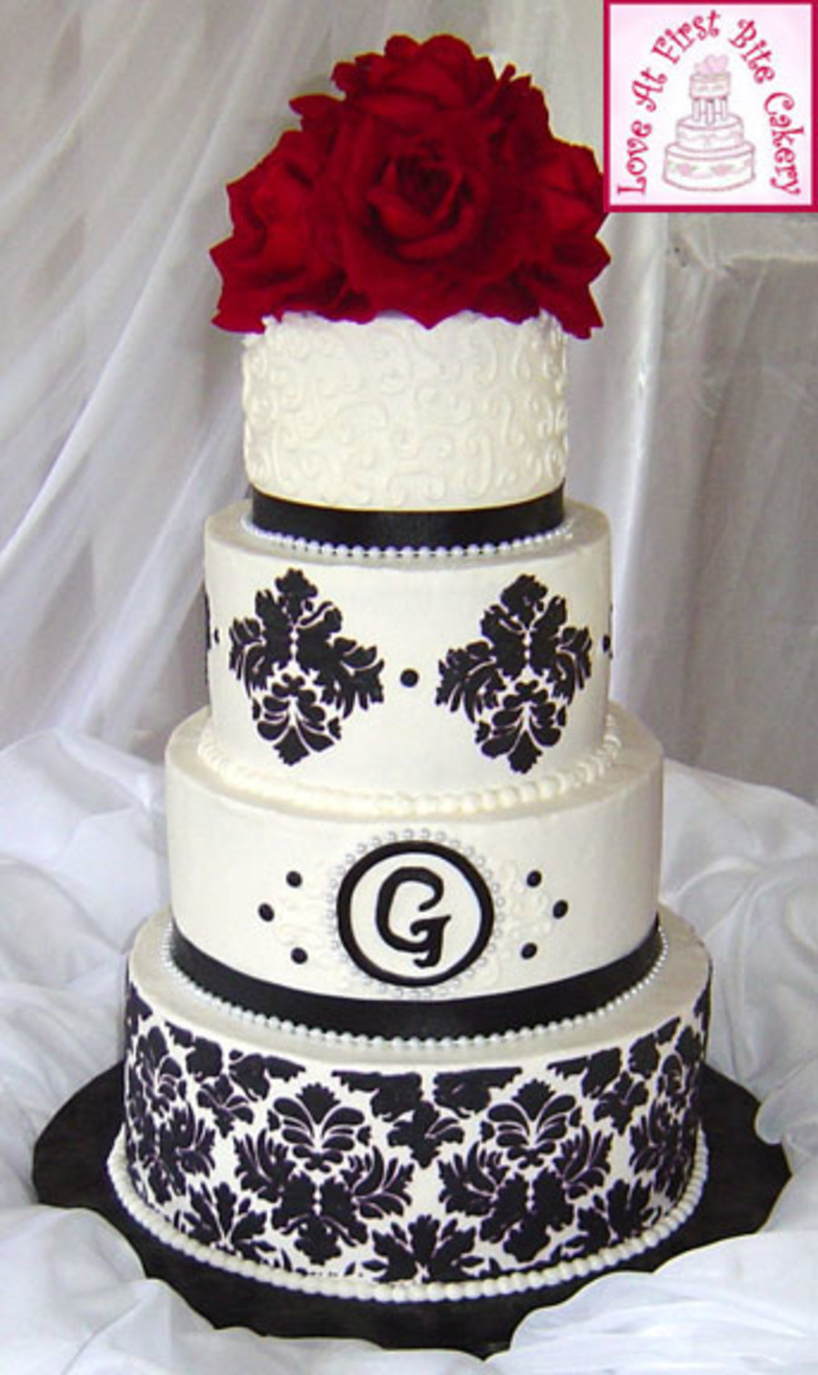 Stenciled Black White Red Wedding Cake   CakeCentral com Stenciled Black White Red Wedding Cake on Cake Central