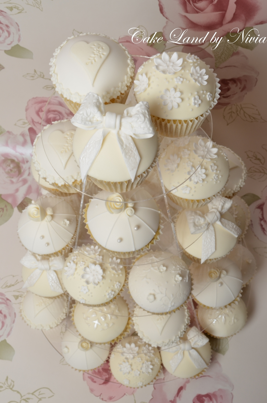 White And Ivory Wedding Cupcakes   CakeCentral com cupcake      wedding
