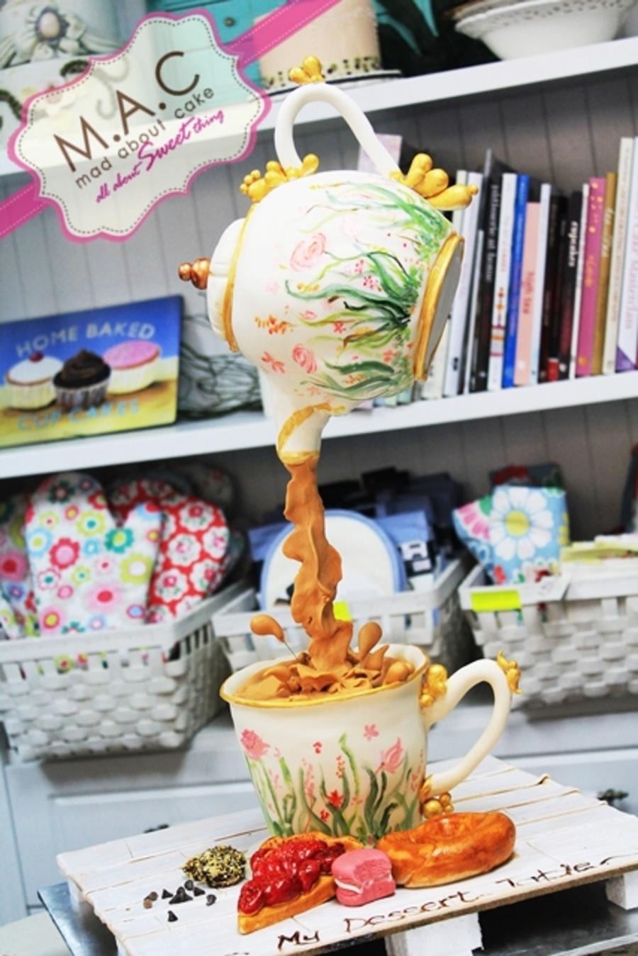 Hangging Tea Pot Cake
