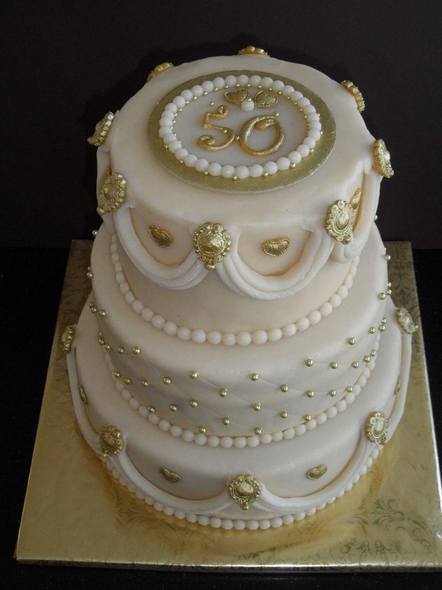 Classic 50Th Wedding Anniversary Cake