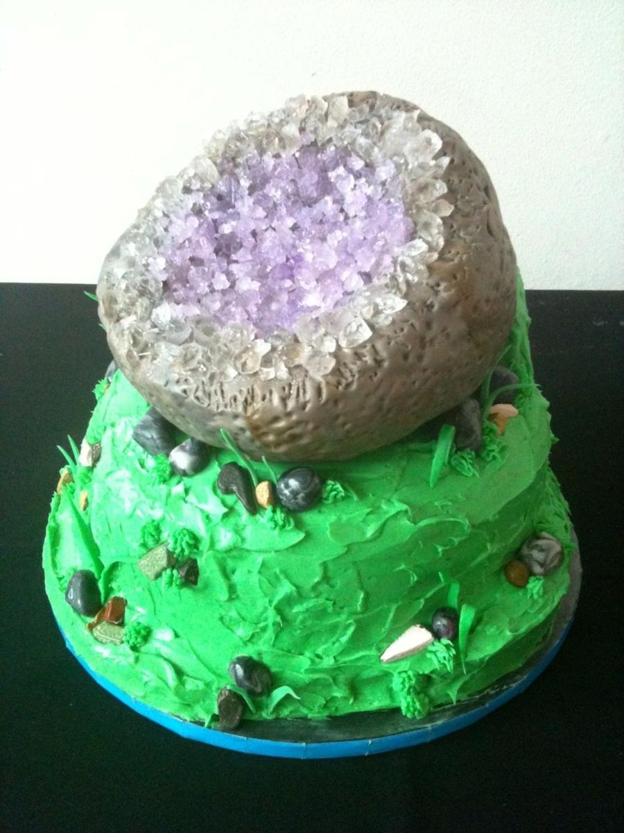 Geode Grooms Cake