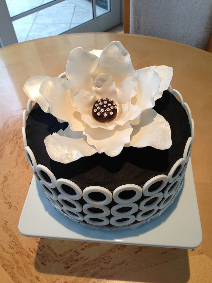 Black White Sophisticated Birthday Cake Cakecentral Com