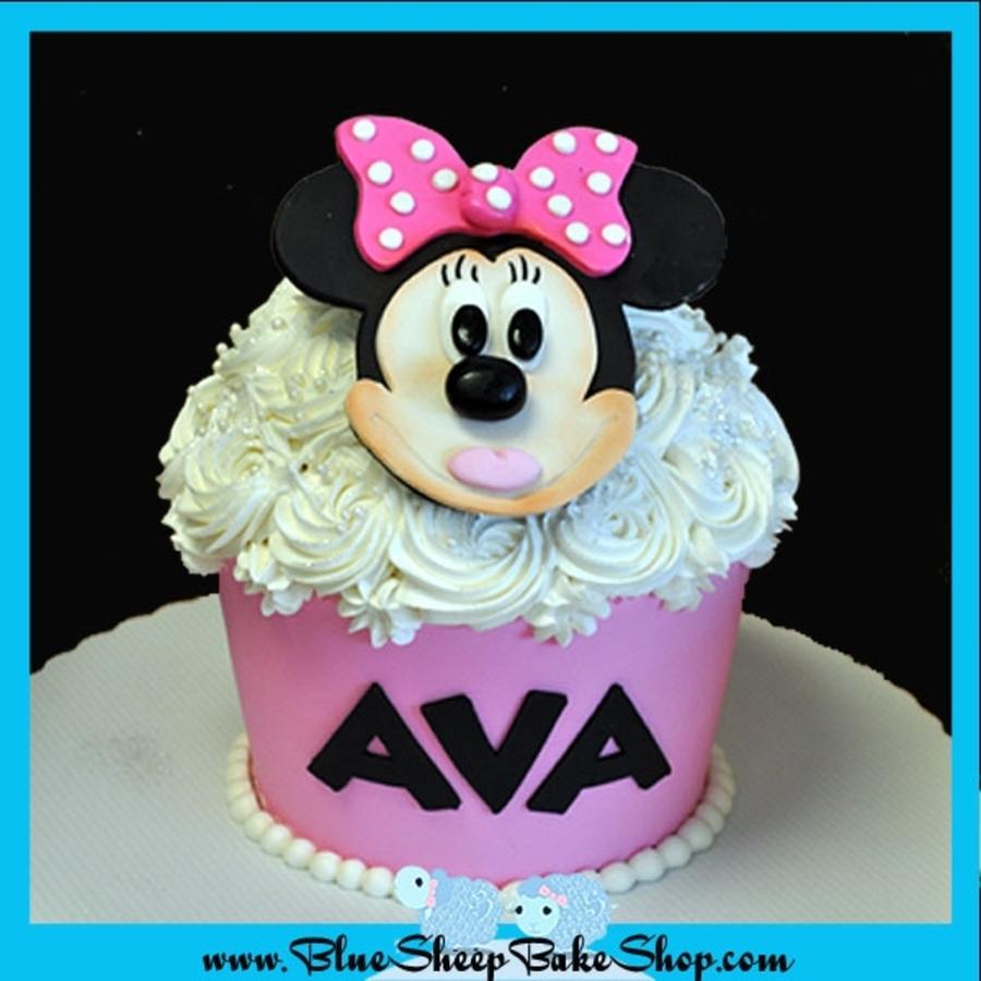 Minnie Mouse Giant Cupcake Cake Cakecentral Com