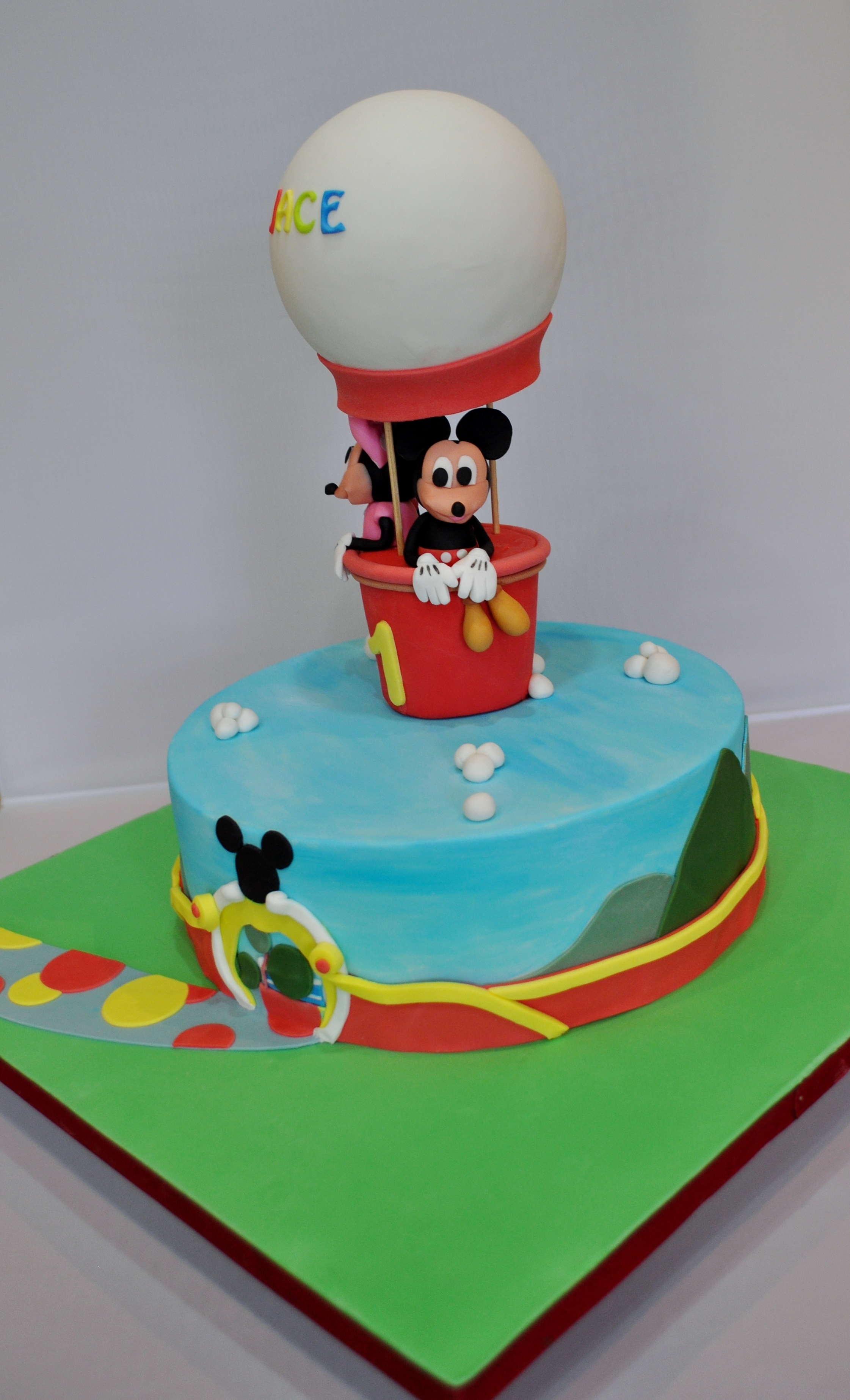 Mickey Amp Minnie Mouse Themed Birthday Cake