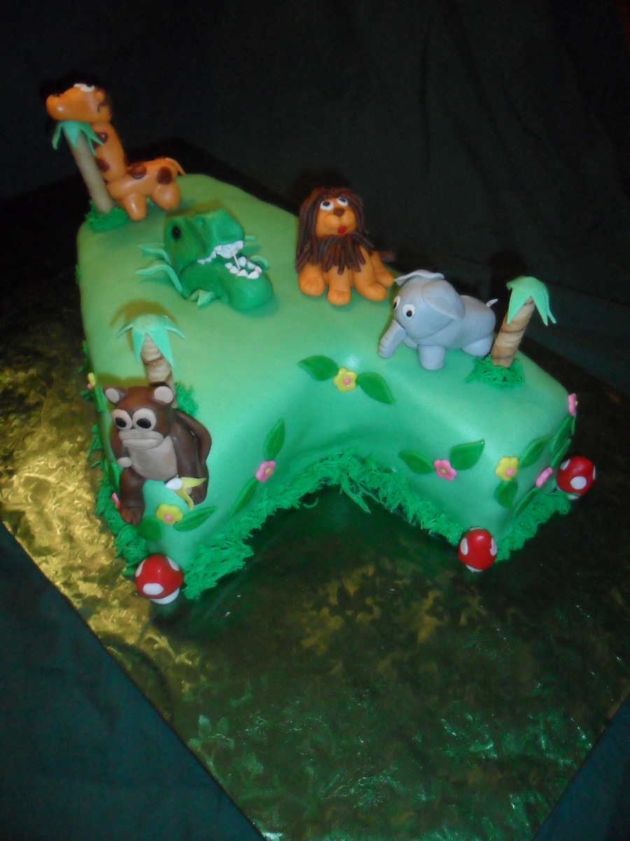 T Rex Cake Decorating