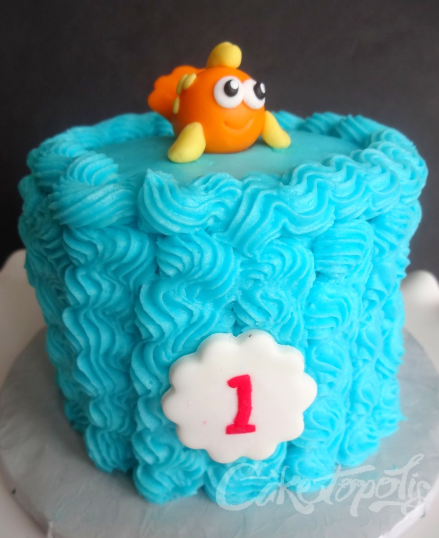 First Birthday Fish Smash Cake Cakecentral Com
