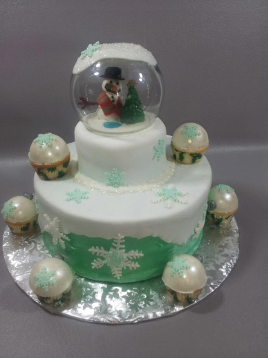 Snow Globe Cake Topper With Christmas Ornament Mini