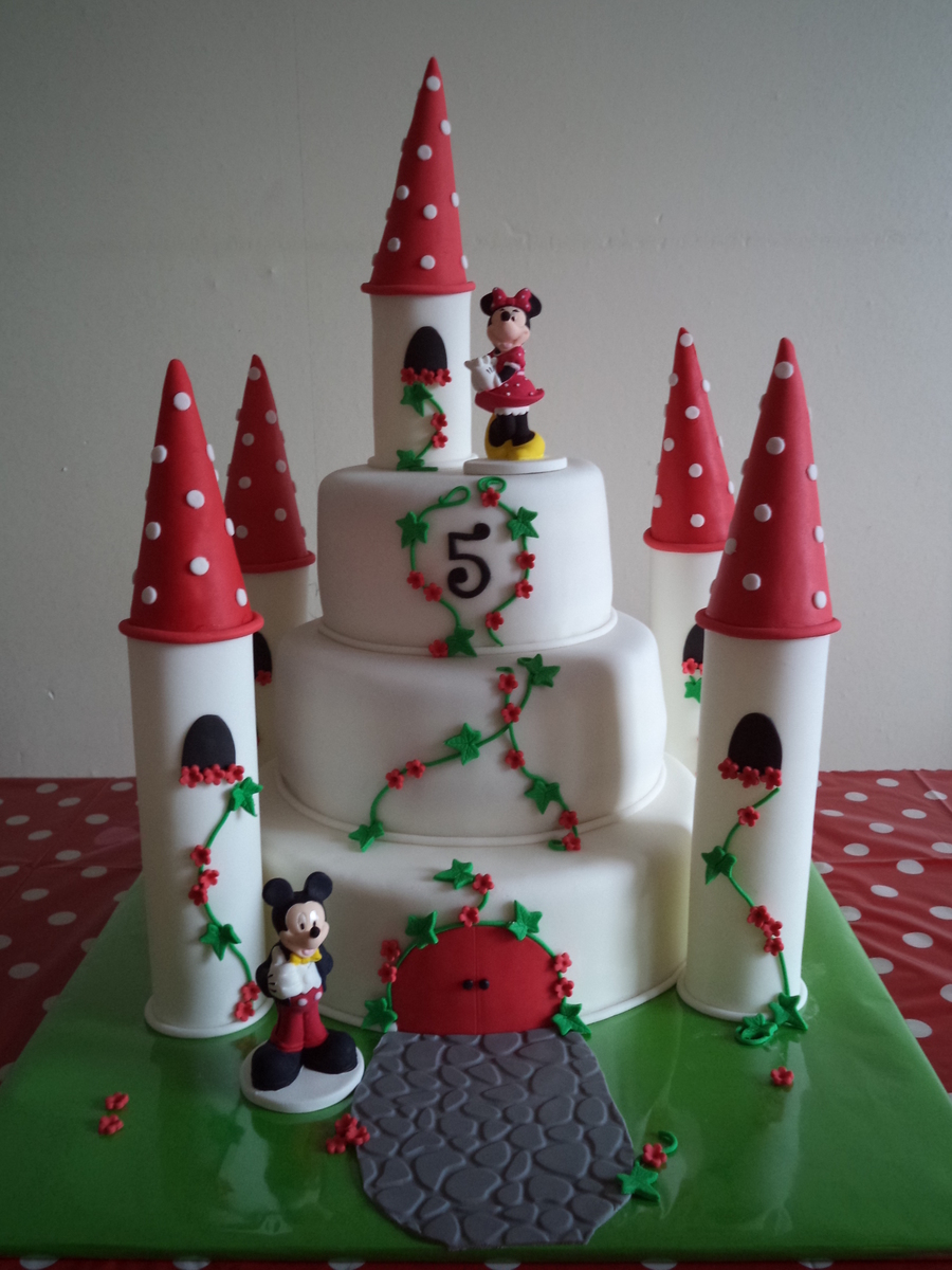 Minnie Mouse Castle Cake Cakecentral Com