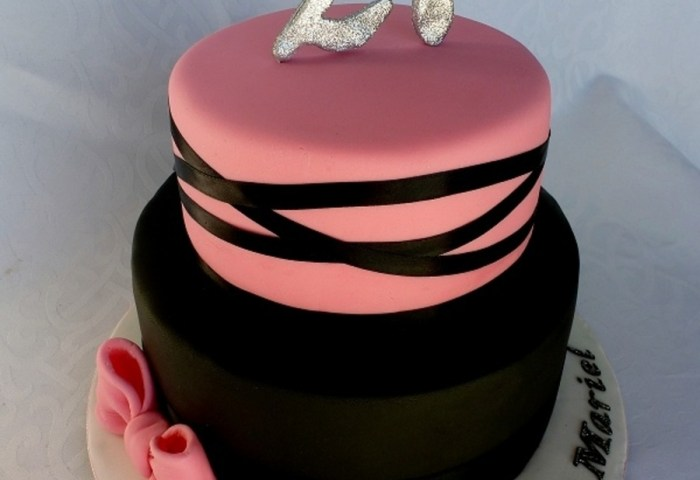 Pink And Black 21st Birthday Cake Cakecentralcom