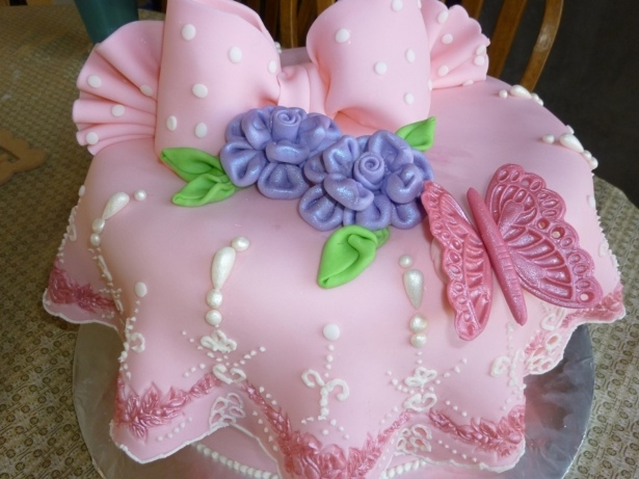 Birthday Cake For A 10 Yr Old Girl Cakecentral Com