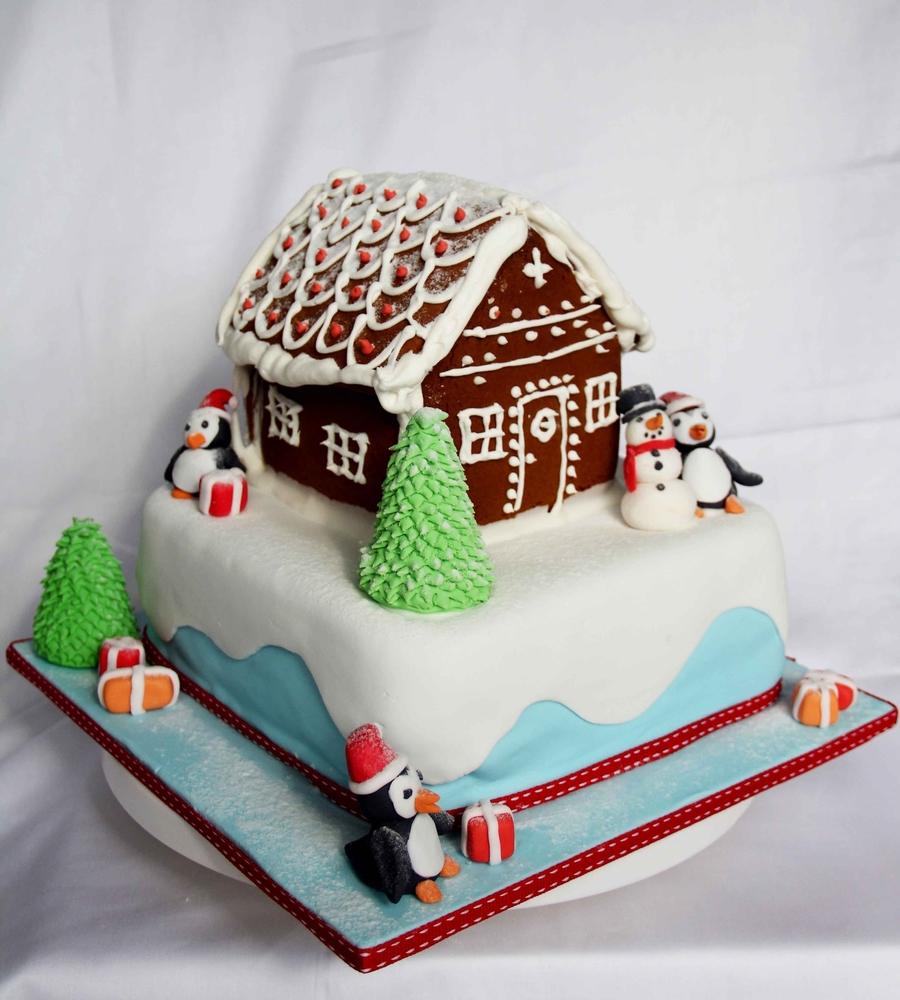 Christmas House Cake