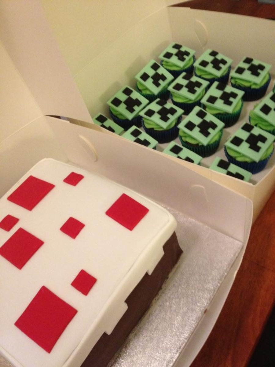 Minecraft Cake Cake With Creeper Face Cupcakes