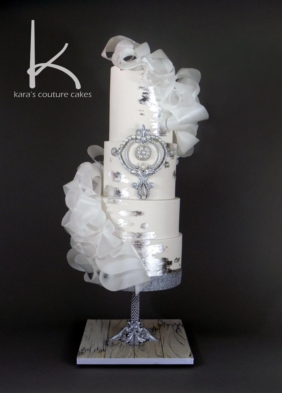 Glitz And Glam Wedding Fashion With Sugar Diamonds And