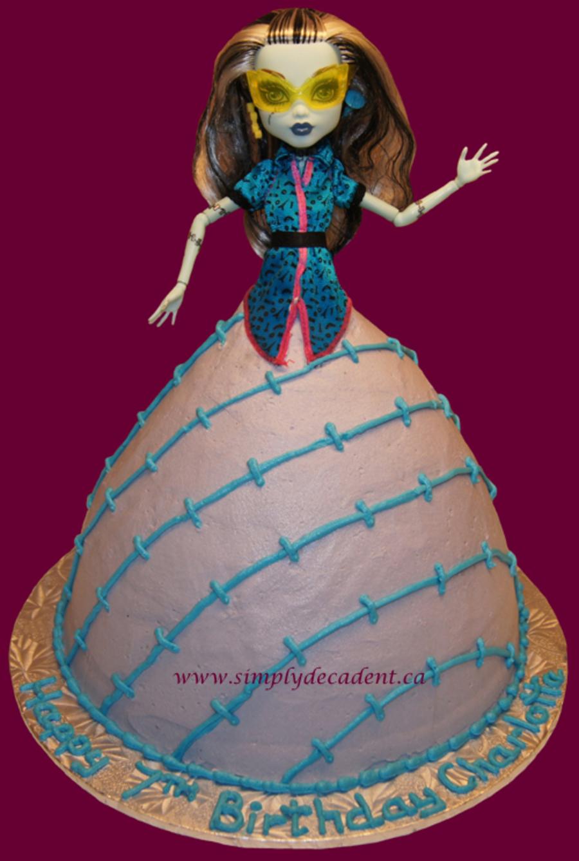 Frankie Stein Monster High Barbie Cake