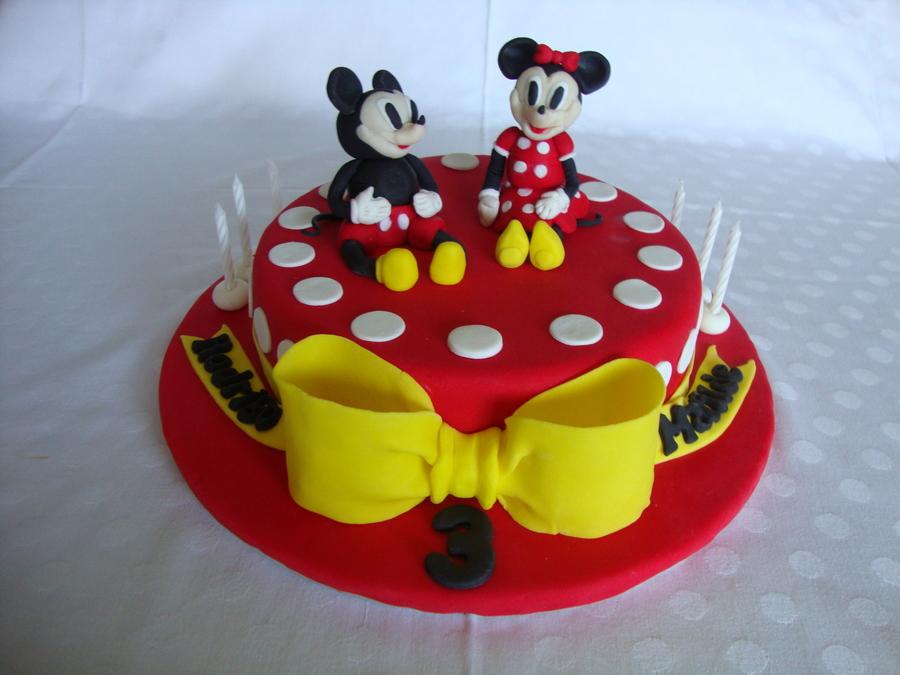 Mickey Amp Minnie Birthday Cake Twins My First Fondant Cake Design Cakecentral Com