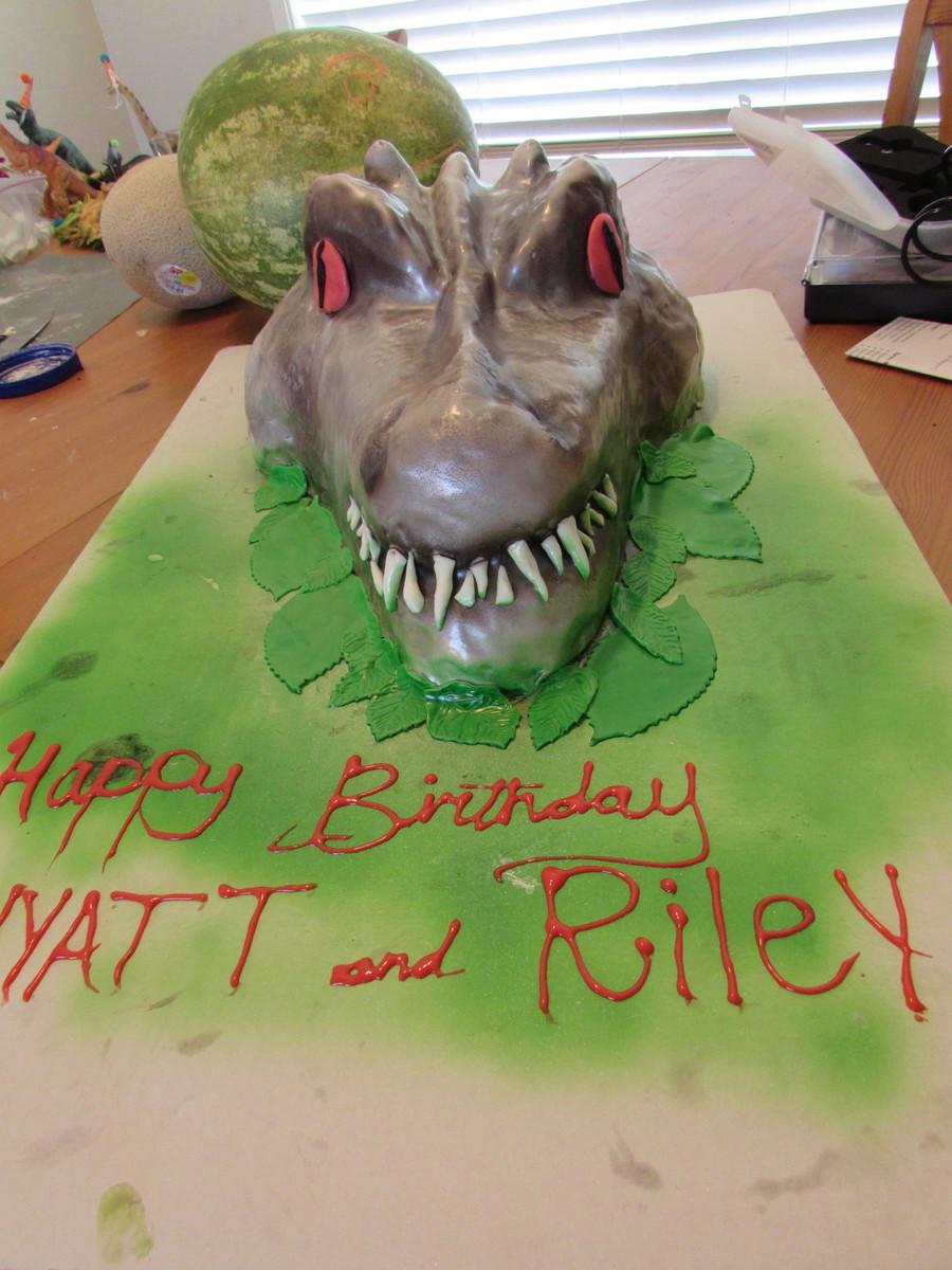 Indominus Rex Jurassic World Cake Cakecentral Com