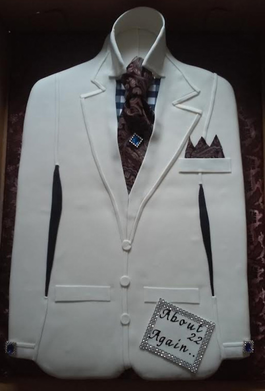 Birthday Swag Suit Jacket Cake Cakecentral Com
