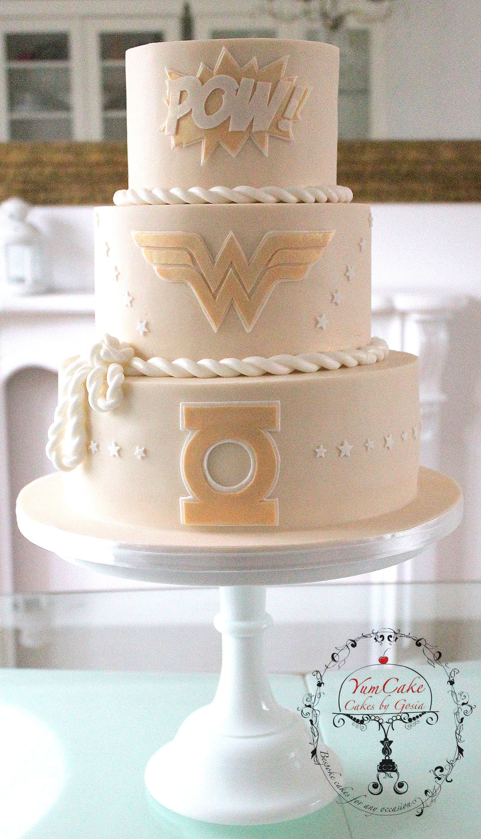 Superhero Wedding Cake   CakeCentral com Superhero Wedding Cake on Cake Central