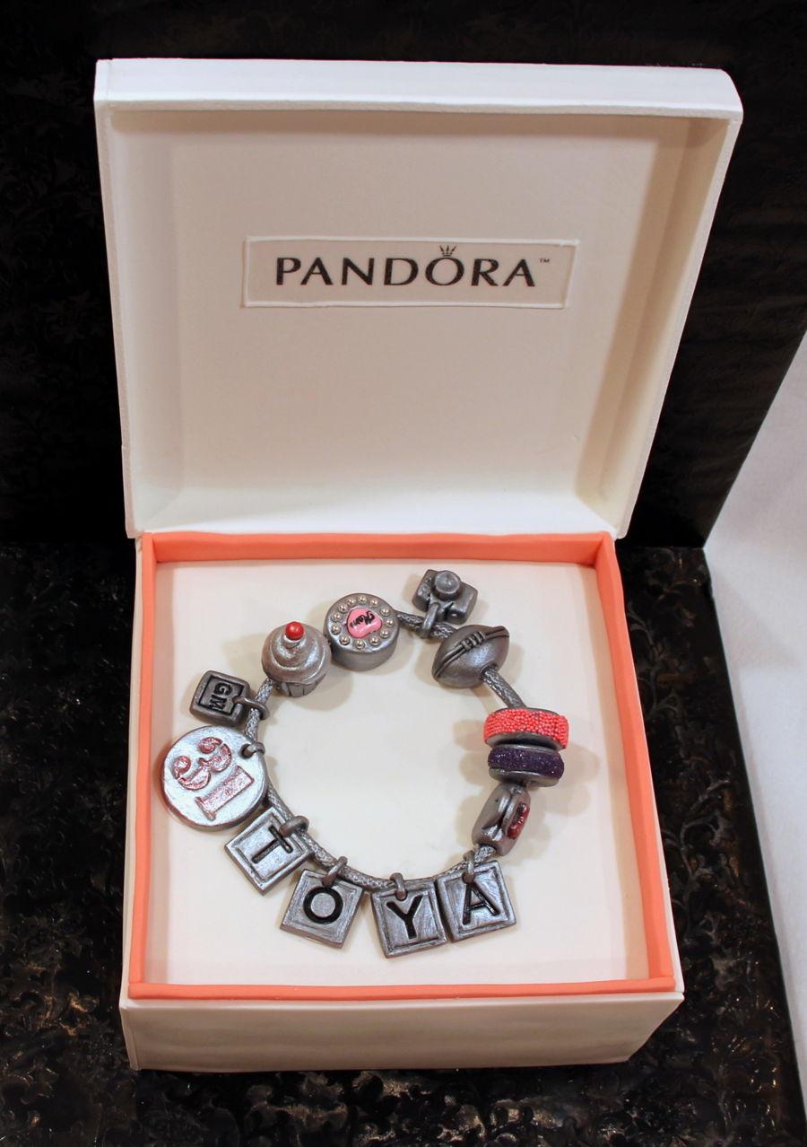 Pandora Bracelet Box Cake Cakecentral Com