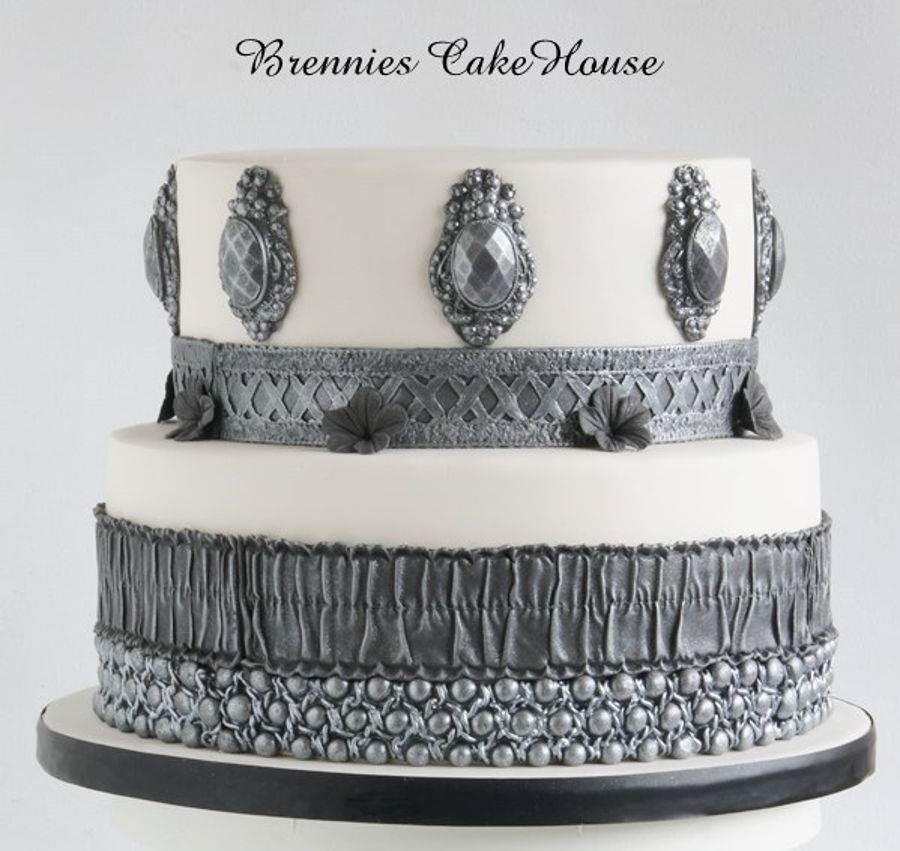 Black White And Silver What Else Cakecentral Com