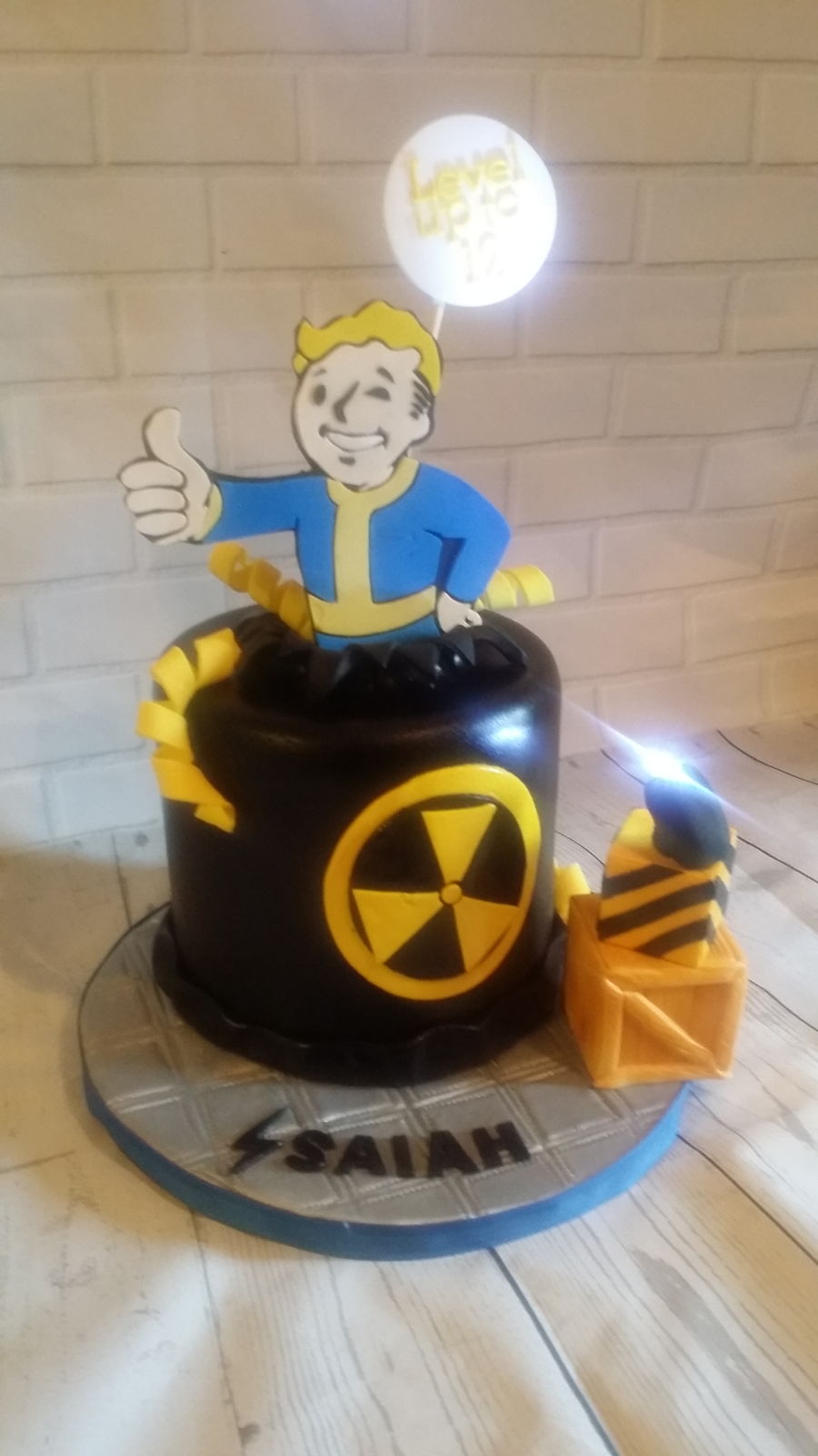 Fallout Shelter Cake Cakecentral Com