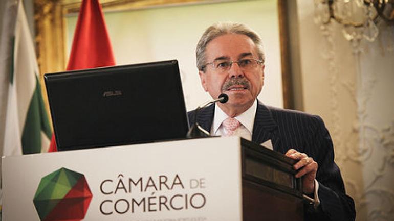 Fernando Rojas Samanez, embajador peruano en Chile