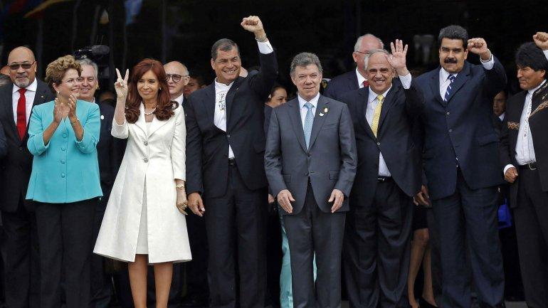 Dilma Rousseff, Cristina Kirchner, Rafael Correa, Juan Manuel Santos, Ernesto Samper, Nicolás Maduro y Evo Morales