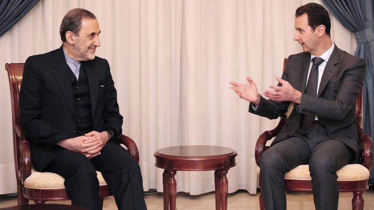 Alí Akbar Velayati y Bashar al Assad, juntos en Damasco