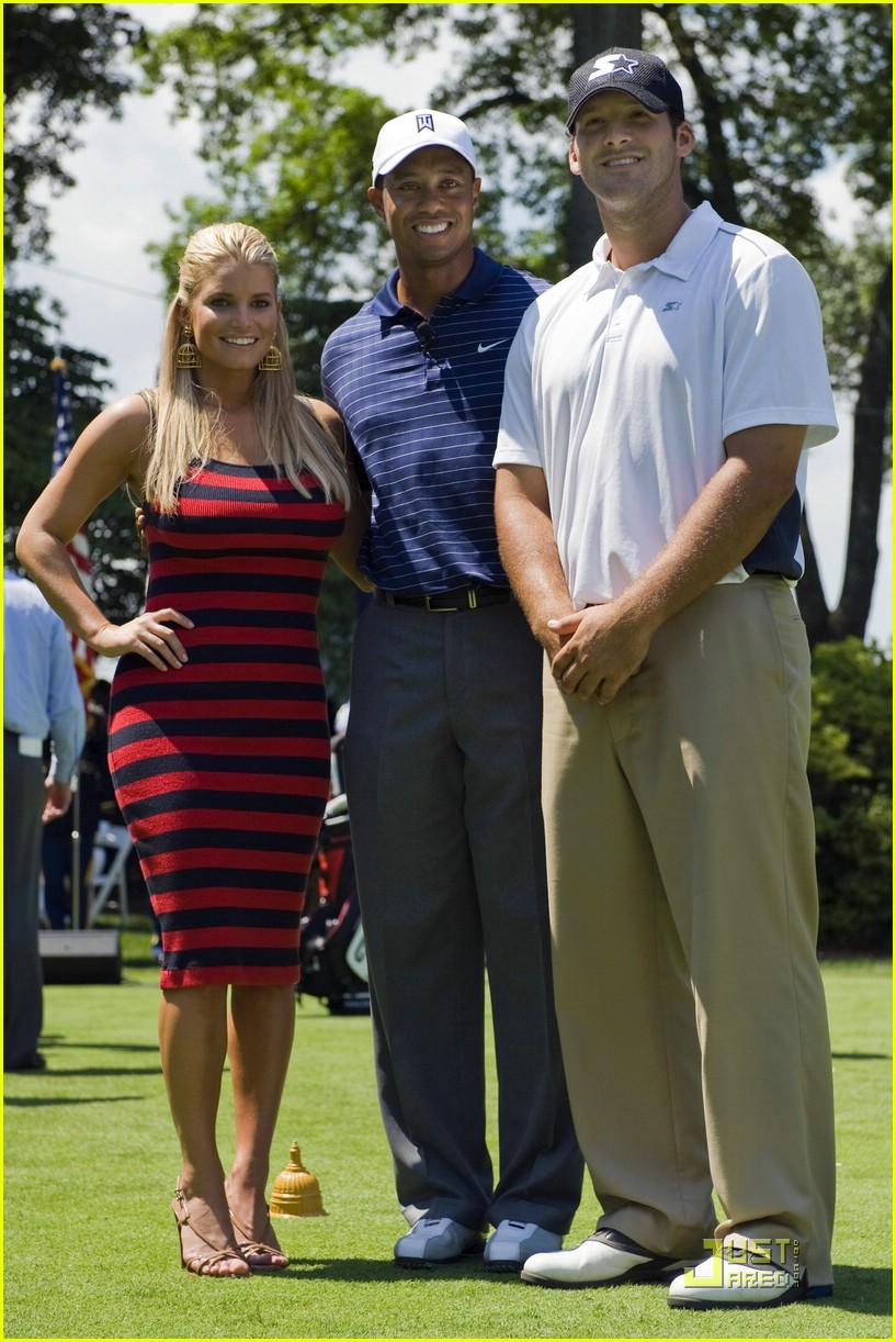 Jessica Simpson Sings For Tiger Woods Photo 2025391