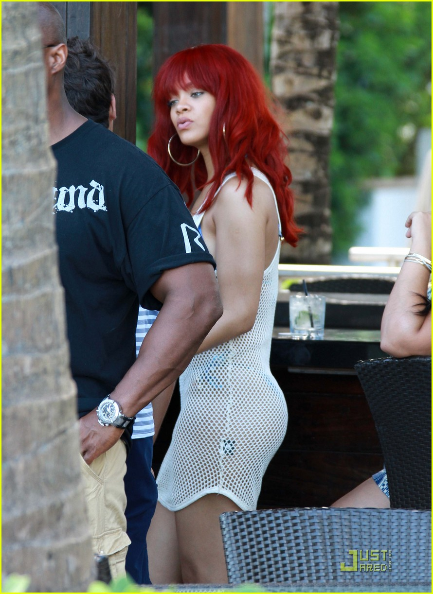 Rihanna Mesh Bikini Cover Up In Miami Photo 2560509