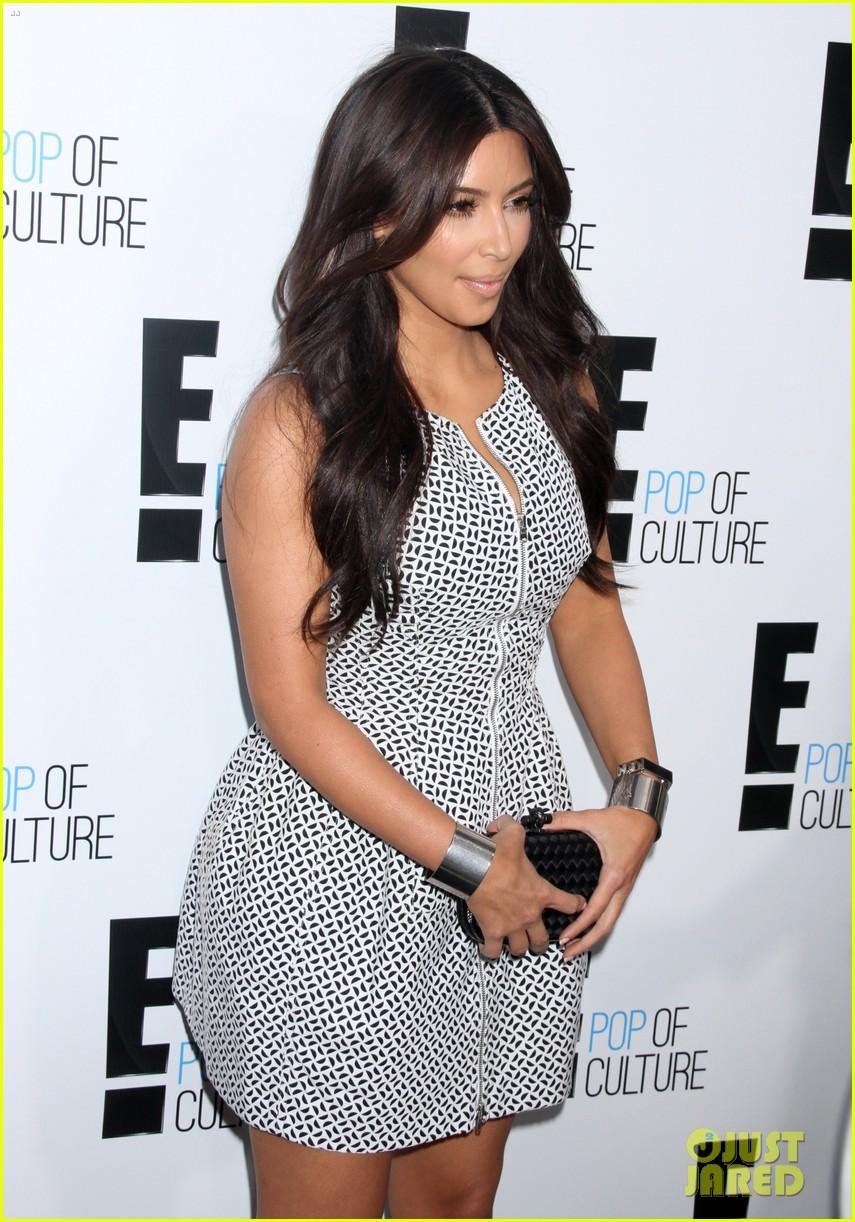Kim Kardashian Amp Kelly Osbourne E Upfronts 2012 Photo