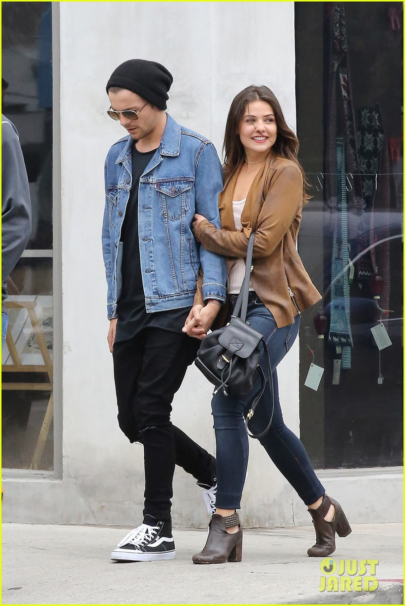 Louis Tomlinson Amp Danielle Campbell Head To Lunch With