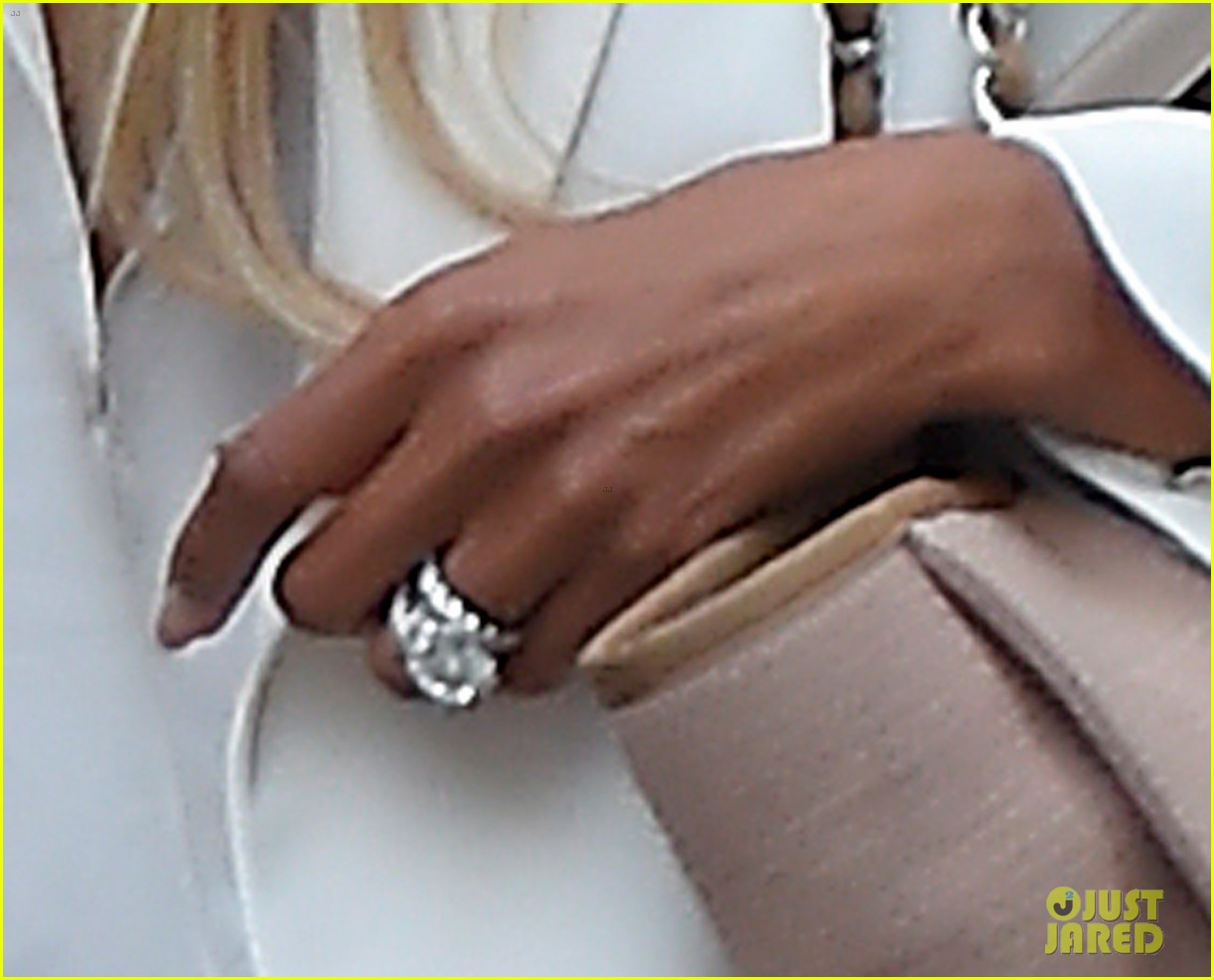 Ciara Flashes Wedding Ring While Shopping With Russell