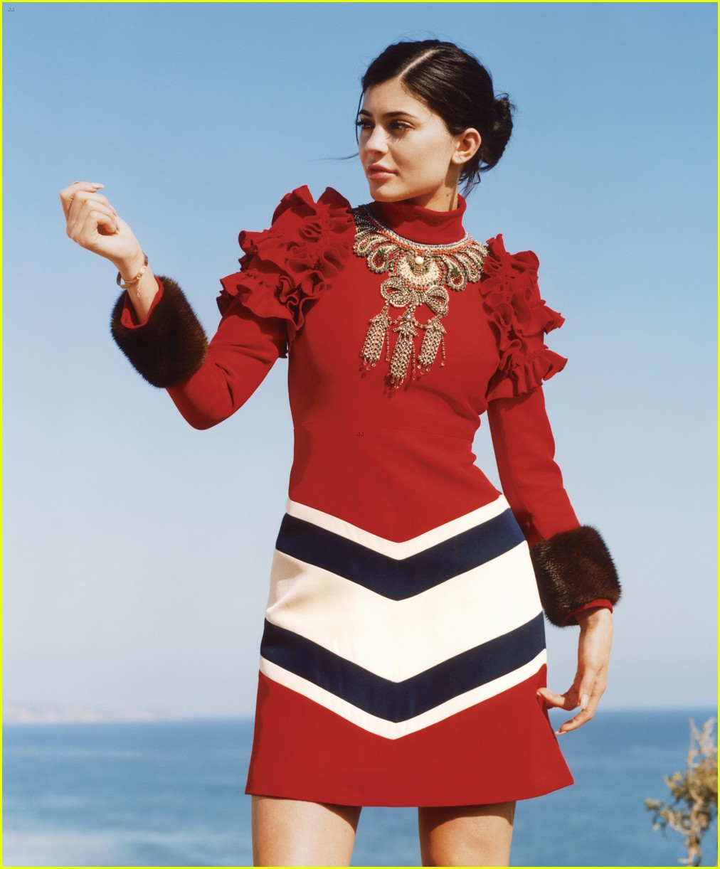 Kylie Jenner   Willow Smith Go High Fashion for  Vogue   Photo     Kylie Jenner   Willow Smith Go High Fashion for  Vogue