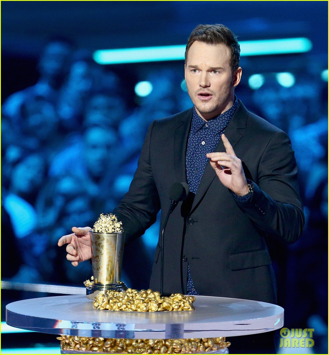 chris pratt bryce dallas howard mtv movie tv awards 2018 154104003