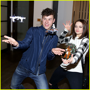 Joey King & Nolan Gould Use the Force to Fly Propel's Star Wars Battle Drones!