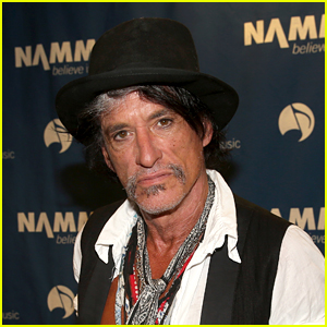 Aerosmith's Joe Perry Collapses, Rushes to Hospital After Performing with Billy Joel (Report)