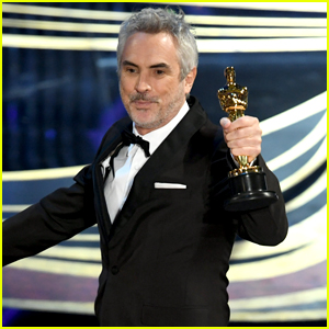 Alfonso Cuaron Wins Best Director at Oscars 2019 - Watch!