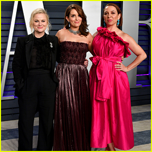 Amy Poehler, Tina Fey & Maya Rudolph Party Together at Vanity Fair's Oscars Party!