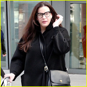 Liv Tyler Seen Out & About for First Time in Weeks!