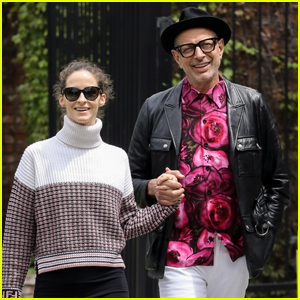 Jeff Goldblum & Wife Emilie Hold Hands While Heading to Lunch