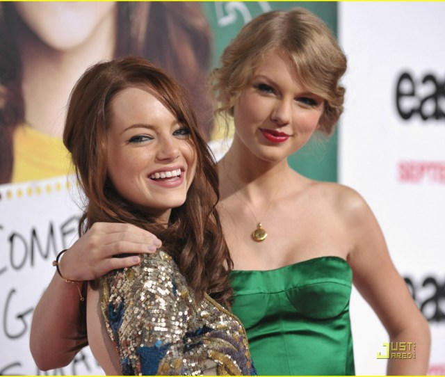 Taylor Swift Easy A 04