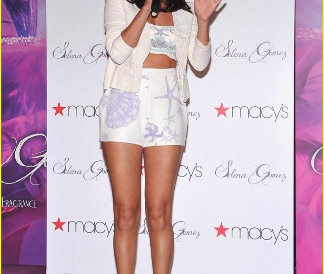 Selena Gomez Macys Launch 06