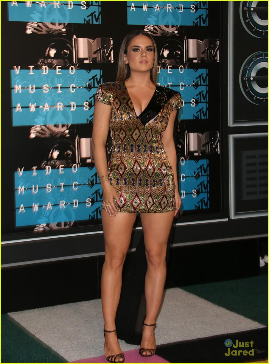 JoJo Amp Halsey Hit Up MTV VMAs 2015 Photo 858463 Photo