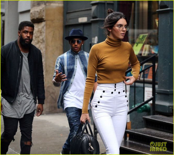 Kendall Jenner Lewis Hamilton Step Out In Nyc Photo