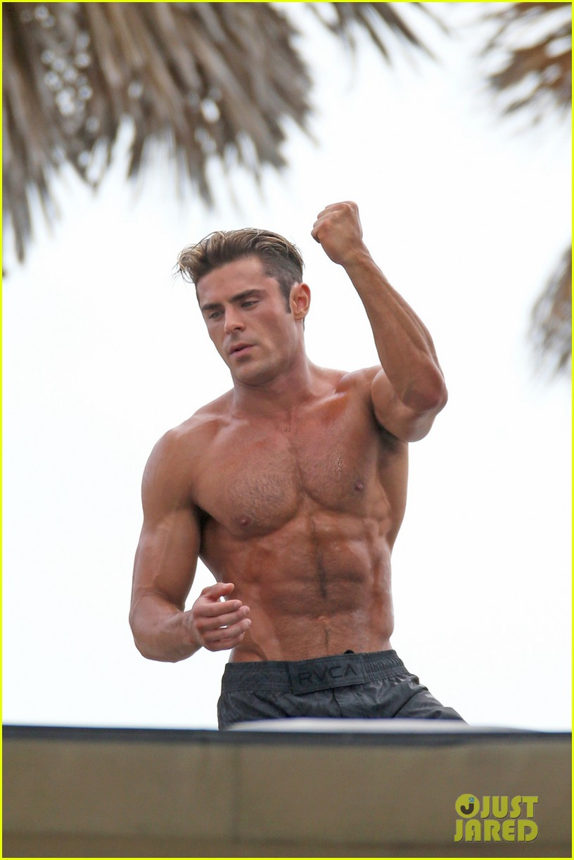 Zac Efron Puts His Chiseled Abs On Display For Baywatch