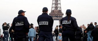 Eiffel Tower Evacuated After Knife-Wielding Man Shouts 'Allahu Akbar'