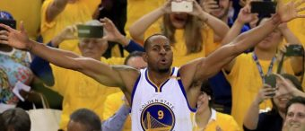 Warriors Star Gives A 2-Word Response When Asked About Visiting The White House