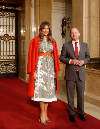 HAMBURG, GERMANY - JULY 08: First Mayor of Hamburg Olaf Scholz welcomes Melania Trump (L), wife of US President Donald Trump, prior to the partner program of G20 summit on the second day of the G20 summit on July 8, 2017 in Hamburg, Germany. Leaders of the G20 group of nations are meeting for the July 7-8 summit. Topics high on the agenda for the summit include climate policy and development programs for African economies. (Photo by Friedemann Vogel - Pool/Getty Images)